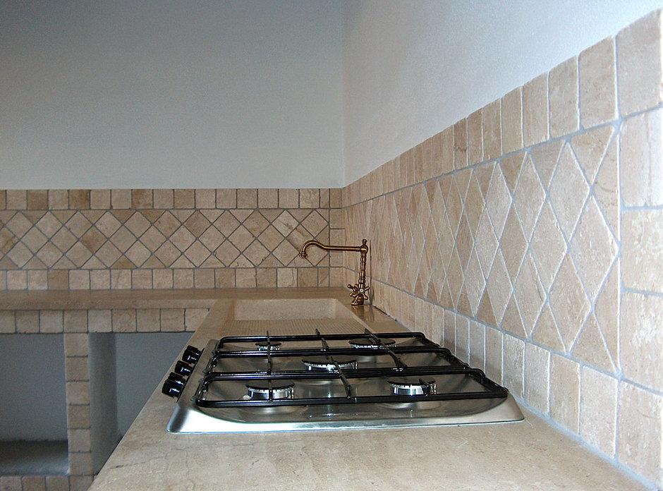 Cucine murru lavorazione pietre marmi graniti - Placcaggio cucina ...