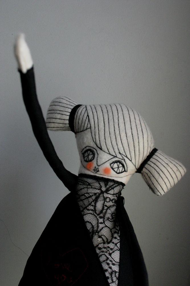 dolls love 1.jpg