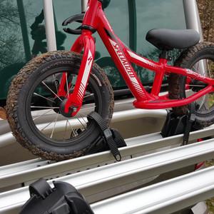 original fahrradtr ger velotr ger vw t6 f r heckklappe. Black Bedroom Furniture Sets. Home Design Ideas