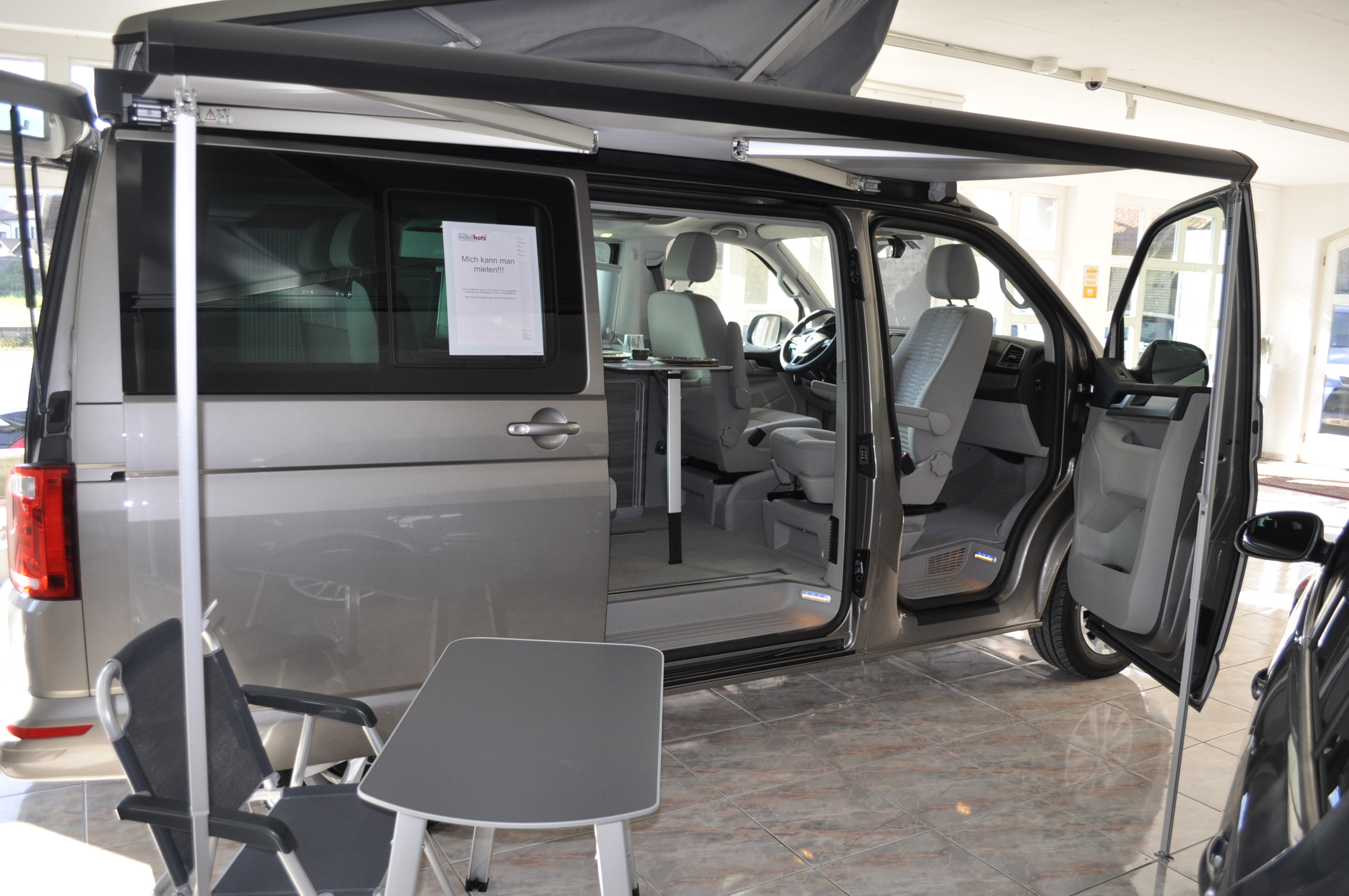 vw california mietwagen besichtigung vw california kaufen z rich garage mobilhotz ag. Black Bedroom Furniture Sets. Home Design Ideas