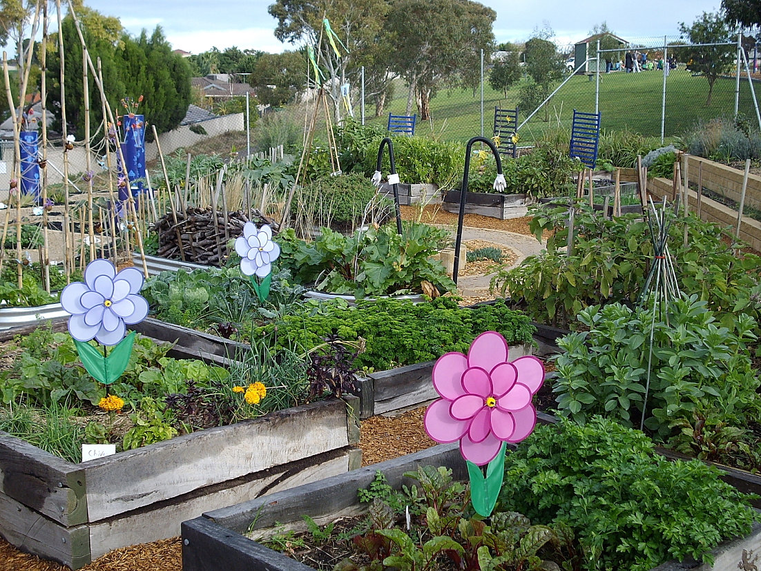 Stephanie Alexander Kitchen Garden Green Gecko Studios Adelaide Garden Designer Woodend Ps