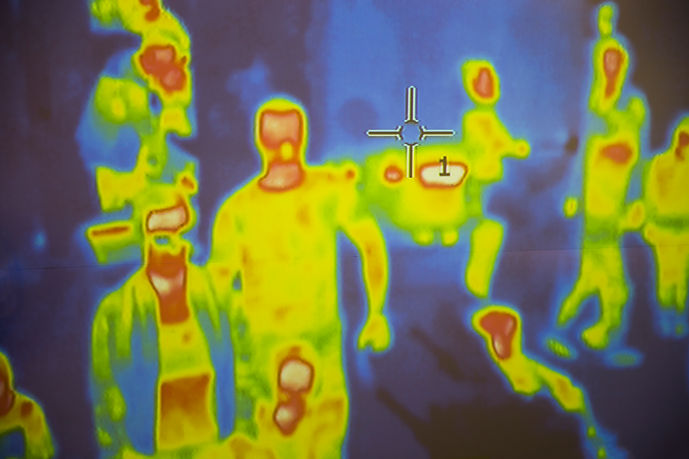 Thermal scanner detecting infected peopl