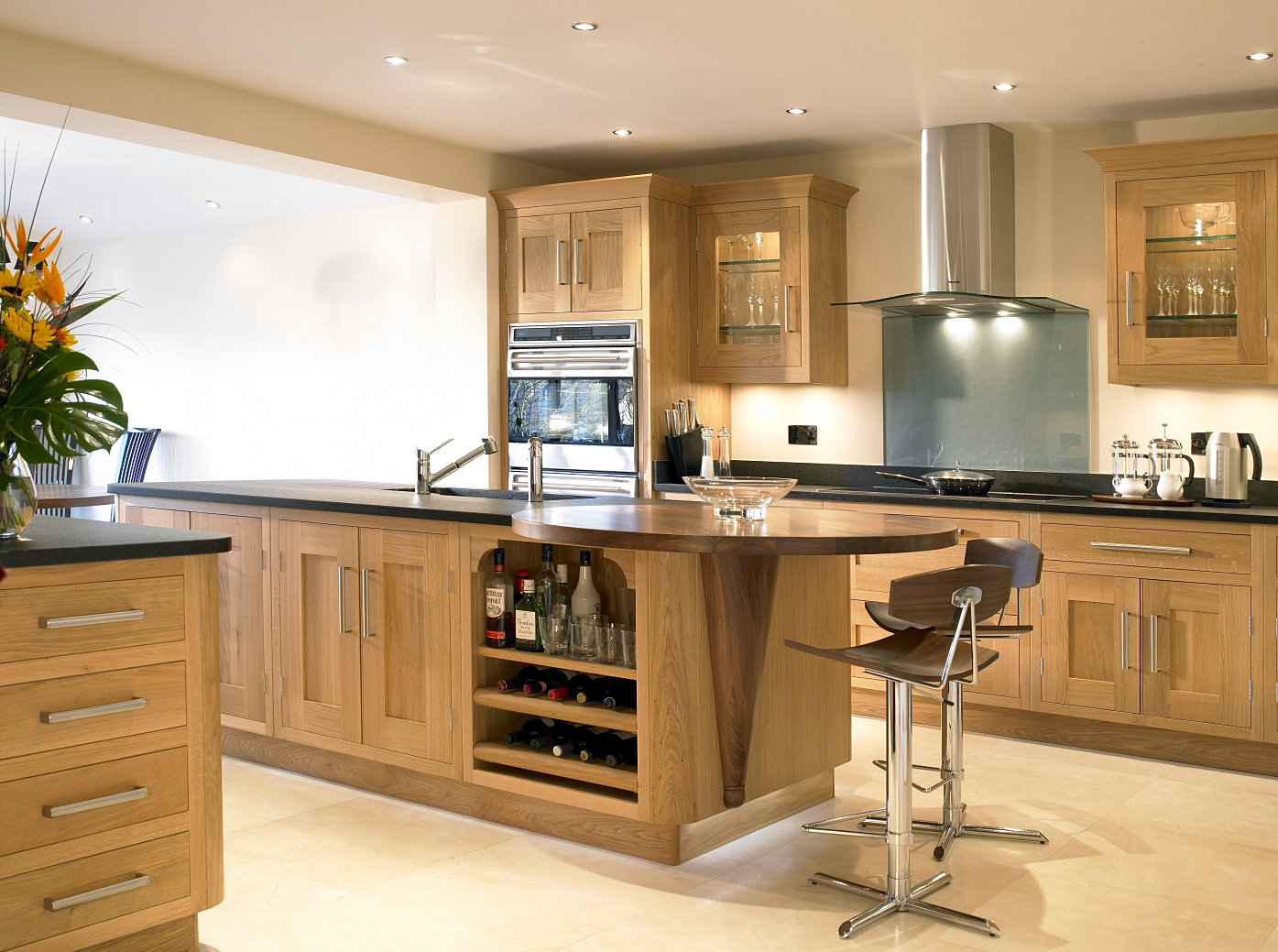 Jamie robins bespoke kitchens bedrooms and furniture for Oak kitchen ideas designs