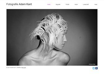 Online-Fotos Template - Gehen Sie mit Ihrem kreativen Portfolio online. Fügen Sie Text hinzu, um Ihren Besuchern von sich zu erzählen. Foto- und Videogalerien anpassen, um Ihre Arbeiten vorzustellen. Gestalten Sie eine einzigartige Website und zeigen Sie der Welt, was in Ihnen steckt.