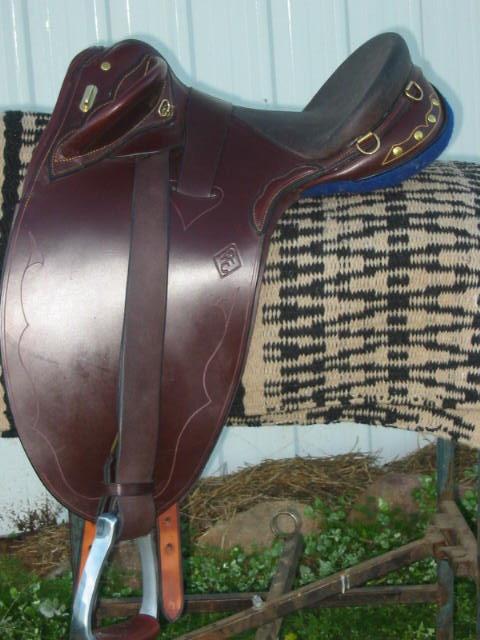 Tony Gifford Custom Saddlery - Australian Stock Saddles ... Saddler