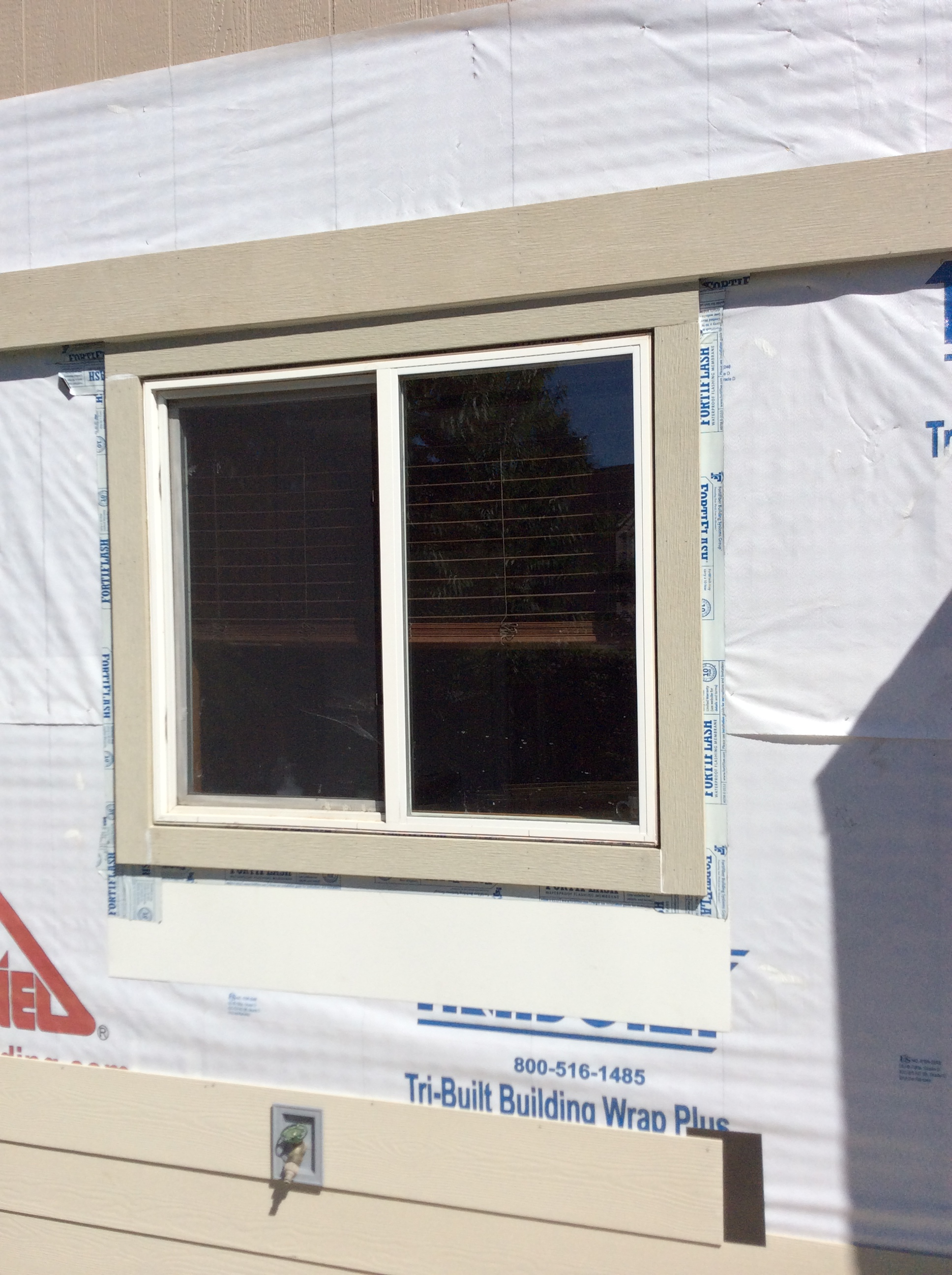 Portland siding contractor specializing in hardie plank for Window z flashing