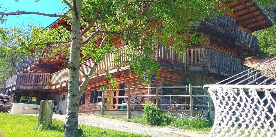 judith mountain lodge montana vacation getaway