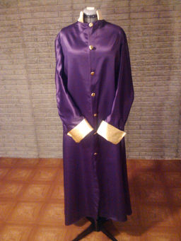 purple+gld+mime+robe+frnt.JPG