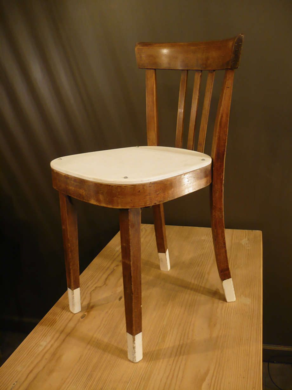chaises bistrot vintage artchiarty marseille. Black Bedroom Furniture Sets. Home Design Ideas