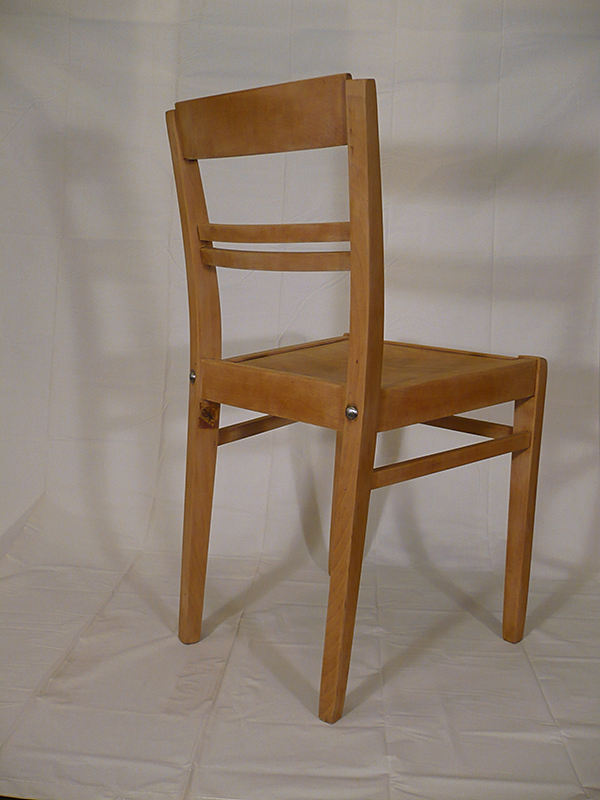 mobilier vintage et industriel artchiarty marseille chaise en bois vintage stella. Black Bedroom Furniture Sets. Home Design Ideas