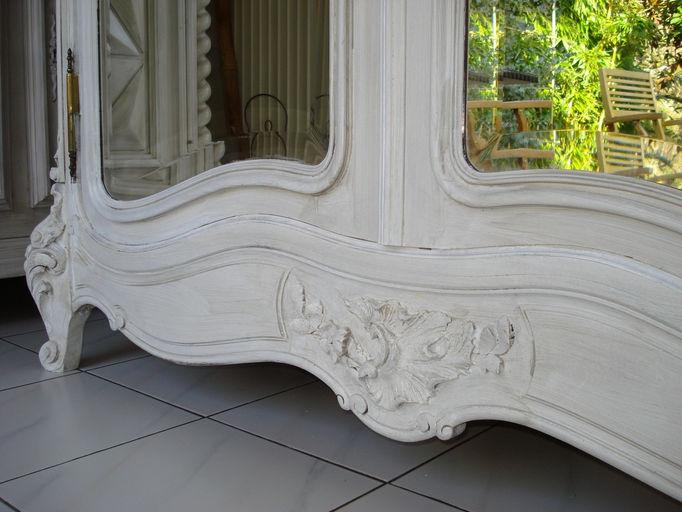 les meubles patin s alben168 meubles anciens louis xv peints et patin s gris perle alben. Black Bedroom Furniture Sets. Home Design Ideas