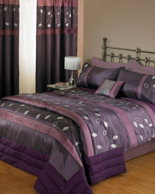 PURPLE DUVET AND PILLOW COVER