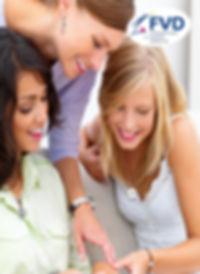 Frederic M a choisi la vente en marketing relationnelle (MLM) comme mode de distribution (VDI) tout le monde peut devenir distributeur creer un complement de revenu ou faire carriere.