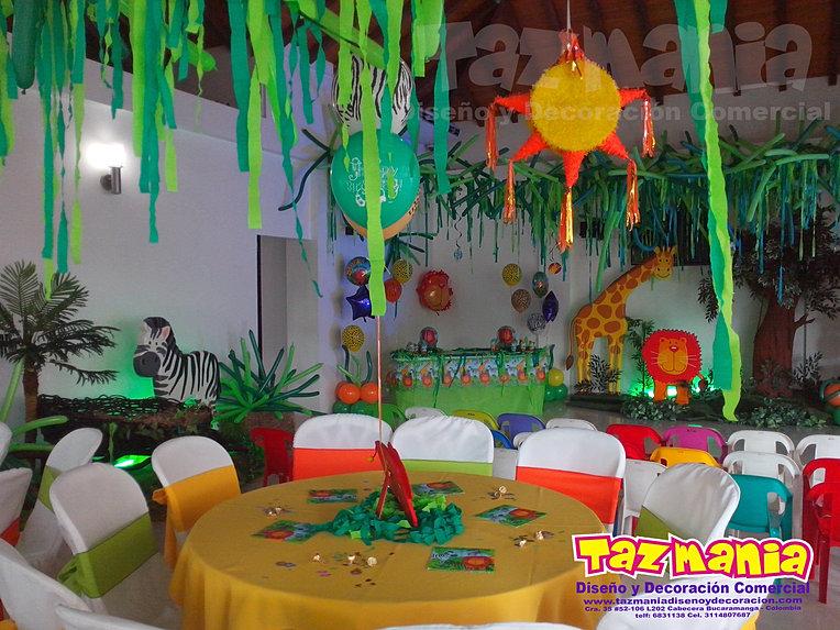 Tazmania diseño y decoración comercial. Decoración en Icopor ...
