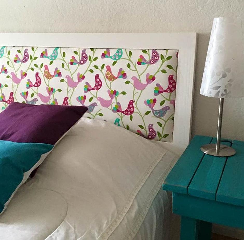 Respaldos de cama mesas arrimos muebles decoraci n for Camas de 1 20