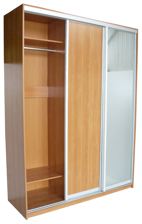 Двери-купе для встроенного шкафа.