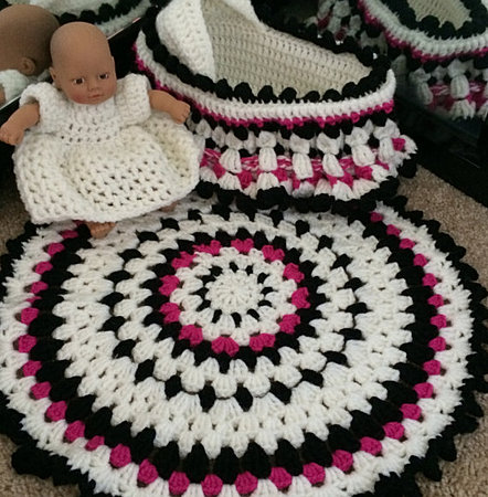 Crochet Baby Cradle Purse Pattern : Baby Doll Cradle Purse Crochet Pattern