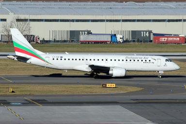 Bulgaria Air E190.jpg