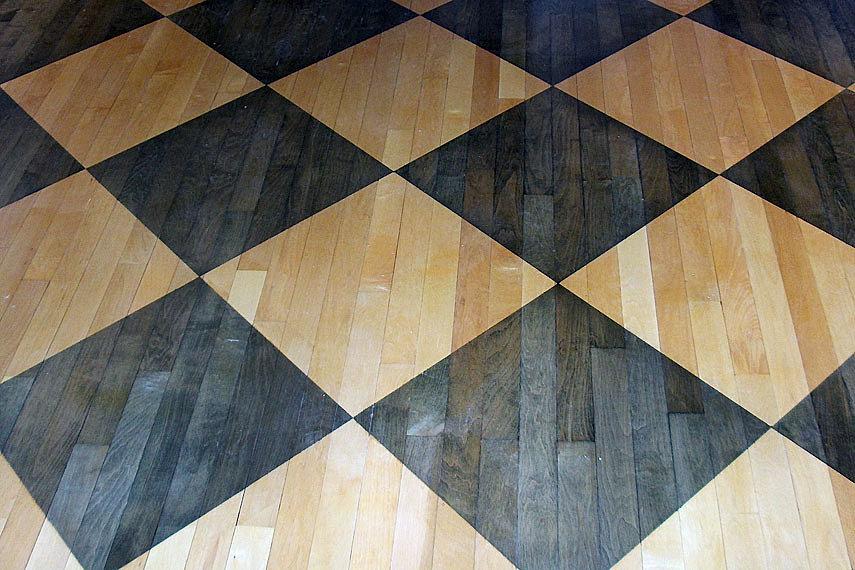 Fine Cut Wood Flooring Home