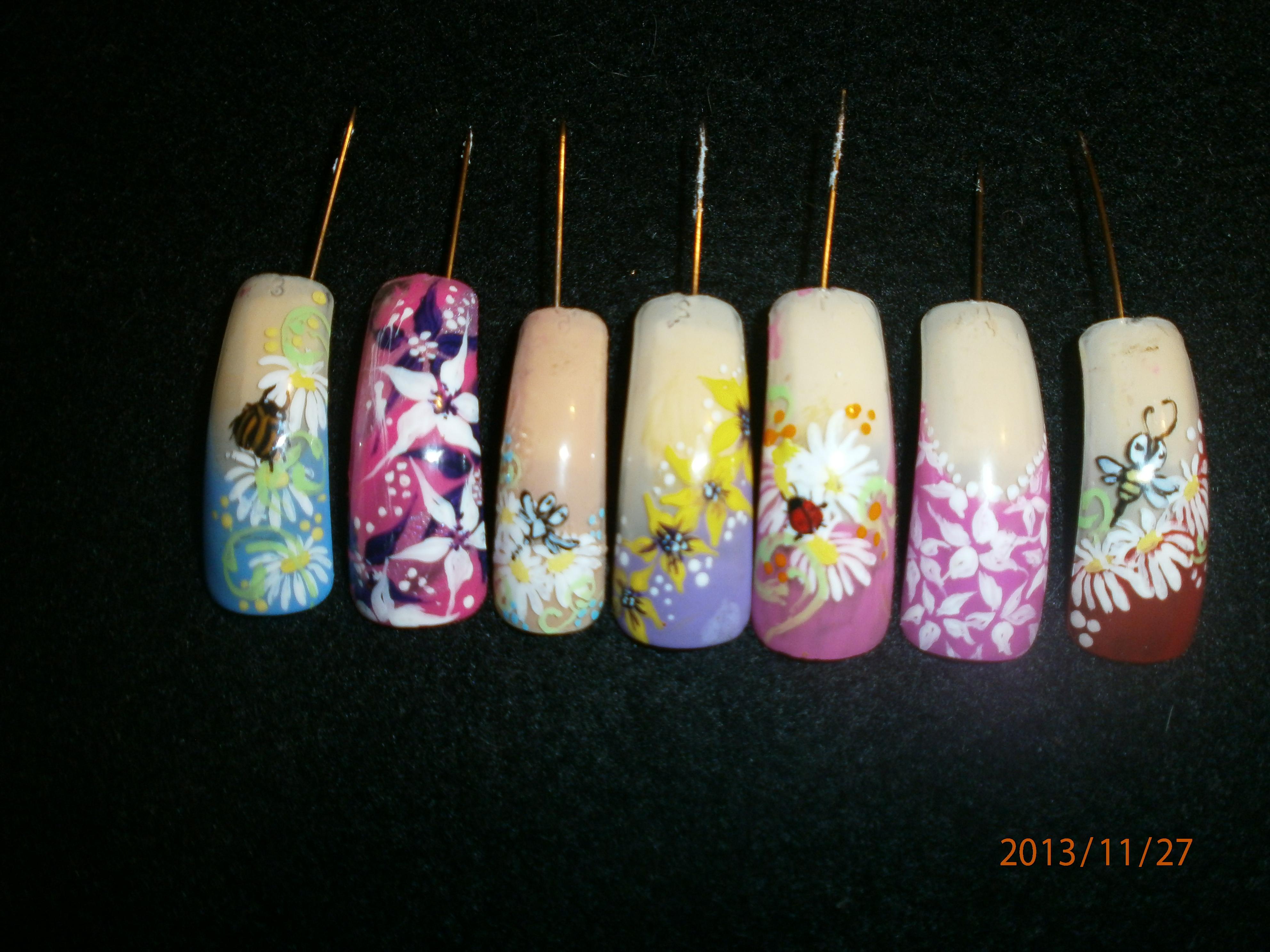 Новогодние фото роспись ногтей