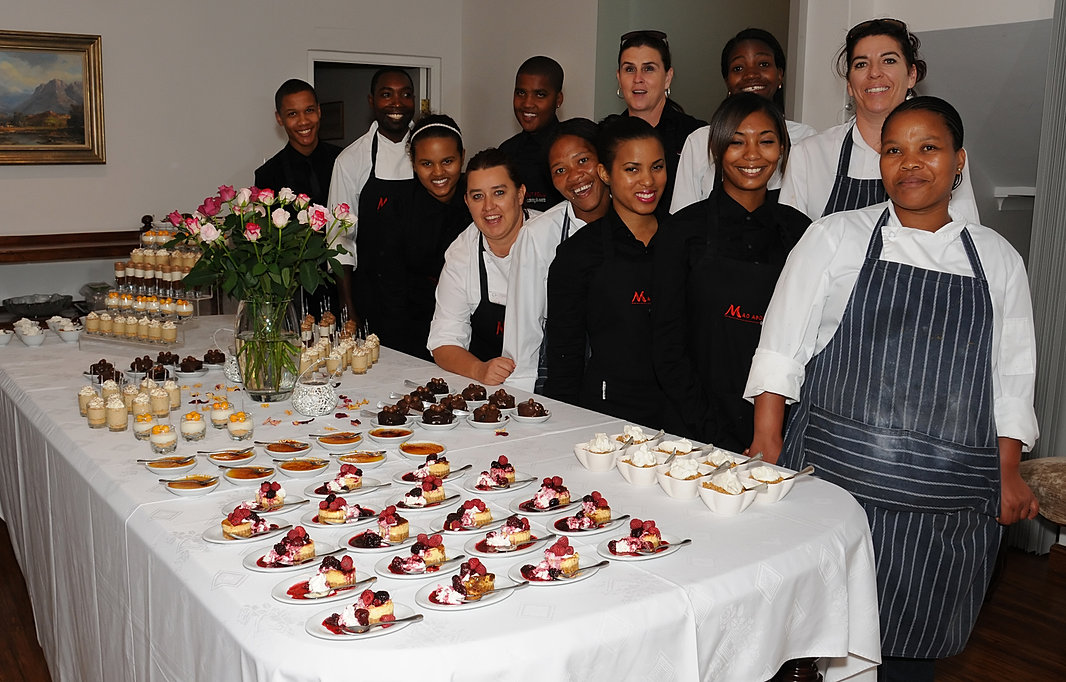 Catering cape town halaal spit braai wedding catering for Canape platters cape town
