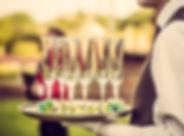 Servitör med champagneglas