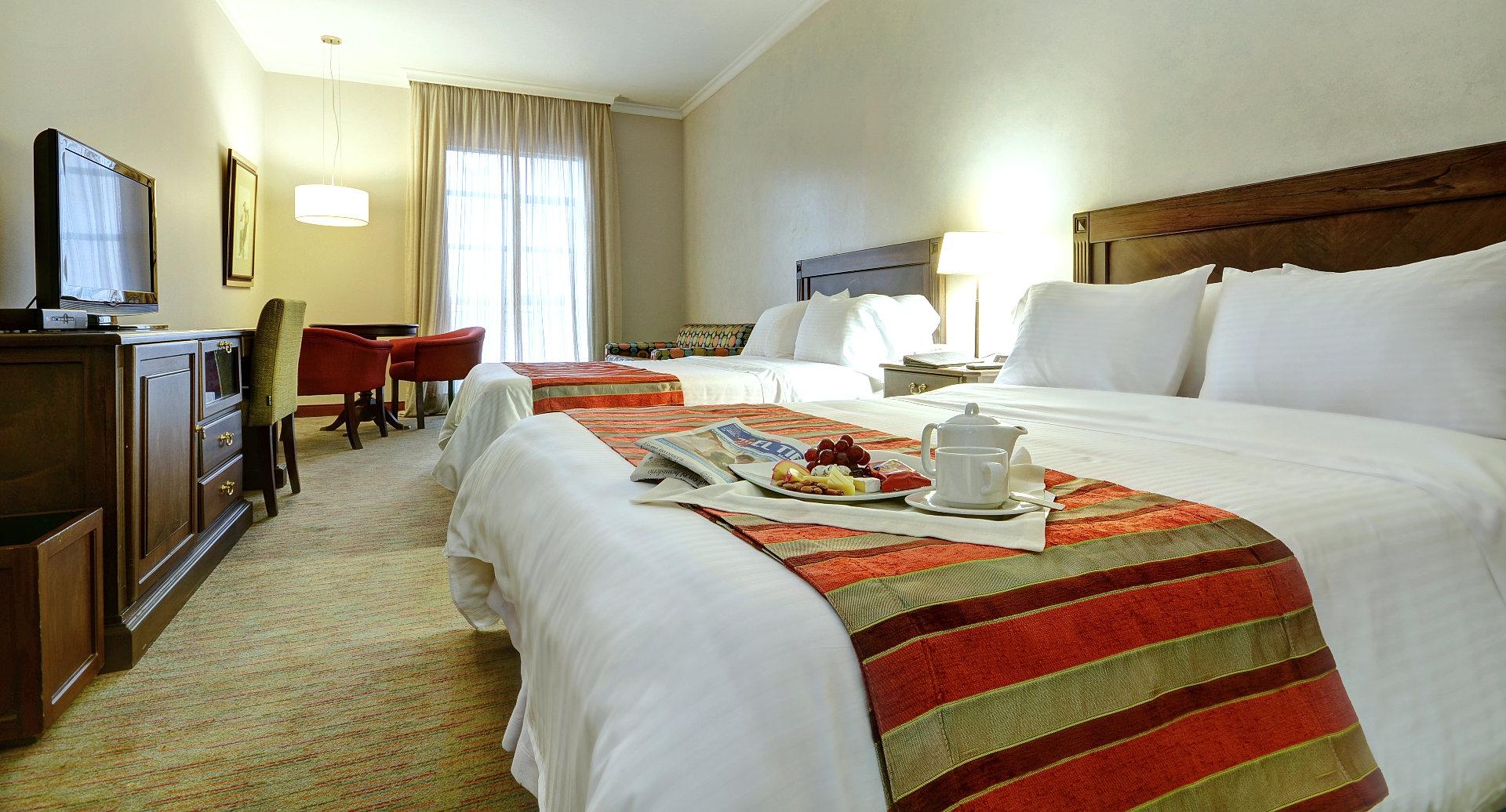 Hoteles en medellin 5 estrellas hotel dann carlton for Hoteles con habitaciones familiares en benidorm