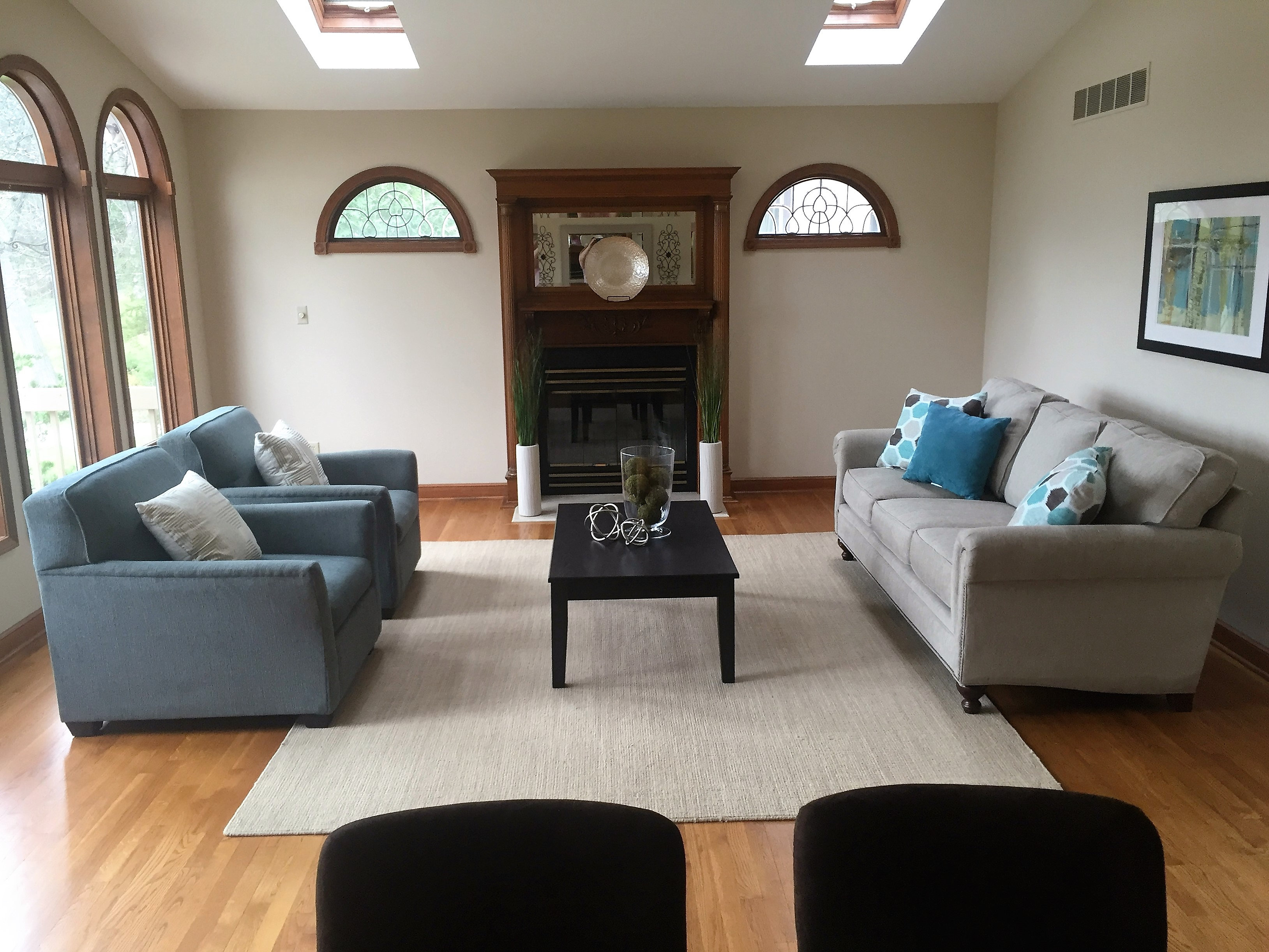 Home Staging In Michiga Just Staged Home Staging Living Room