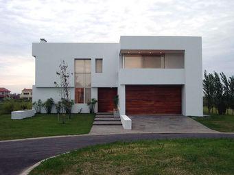 Construcciones pehuen construtora pehuen - Casas de madera blancas ...