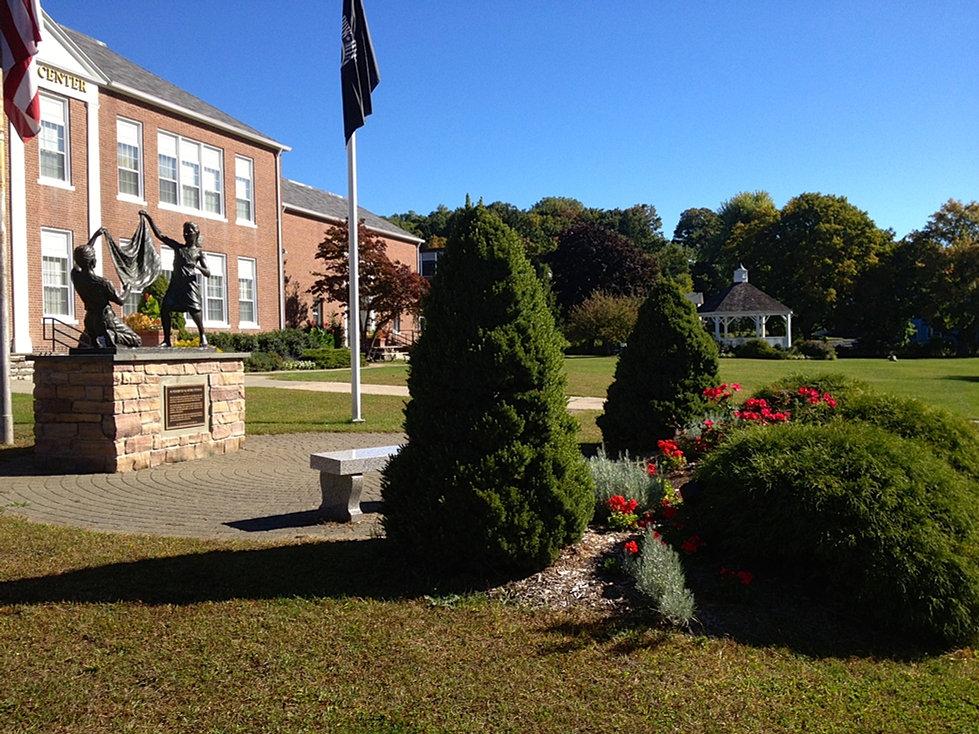Bethel Garden Club Of Connecticut Municipal Center