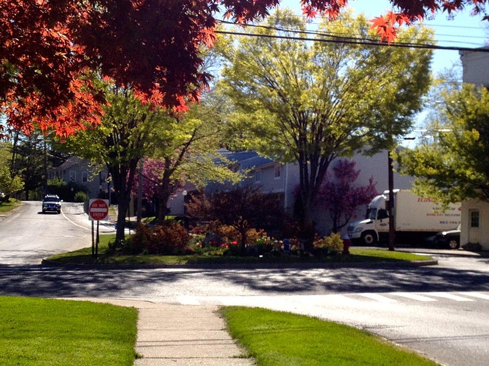 Bethel Garden Club Of Connecticut P T Barnum Square