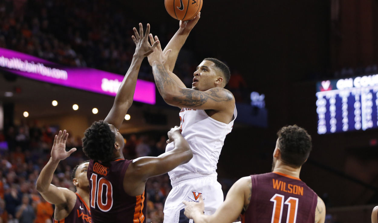 College Hoops: Virginia Moves To No. 1