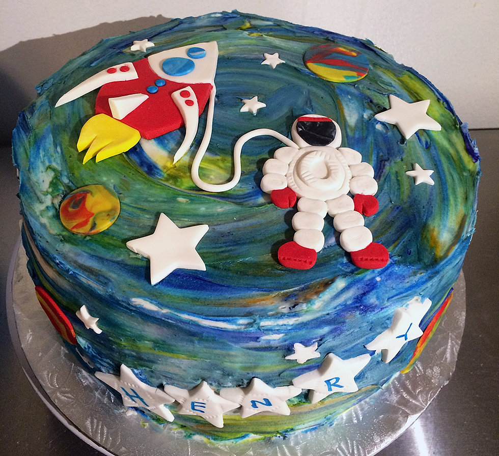 Naidres Cafe  Bakery Birthday Cakes Kids - Astronaut decorations