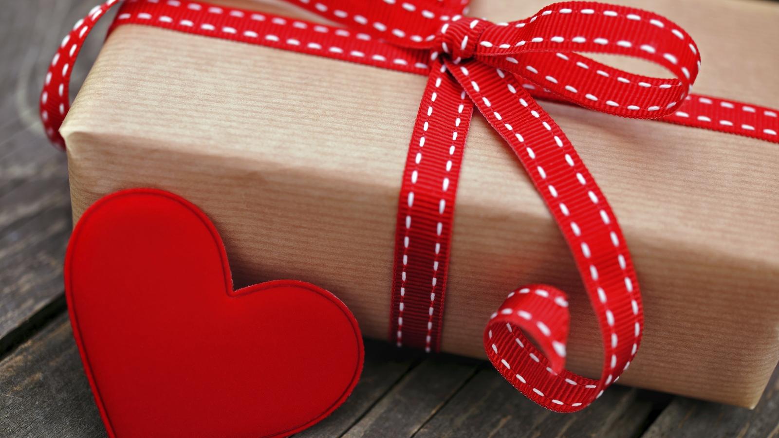 Фото подарок на 14 февраля своими руками