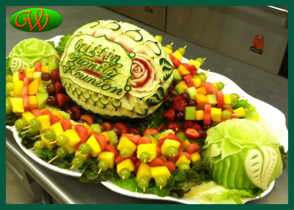 Willys wild carvings edible fruit designs family reunion