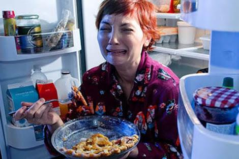 Comer para llenar vacios emocionales for Comedor compulsivo