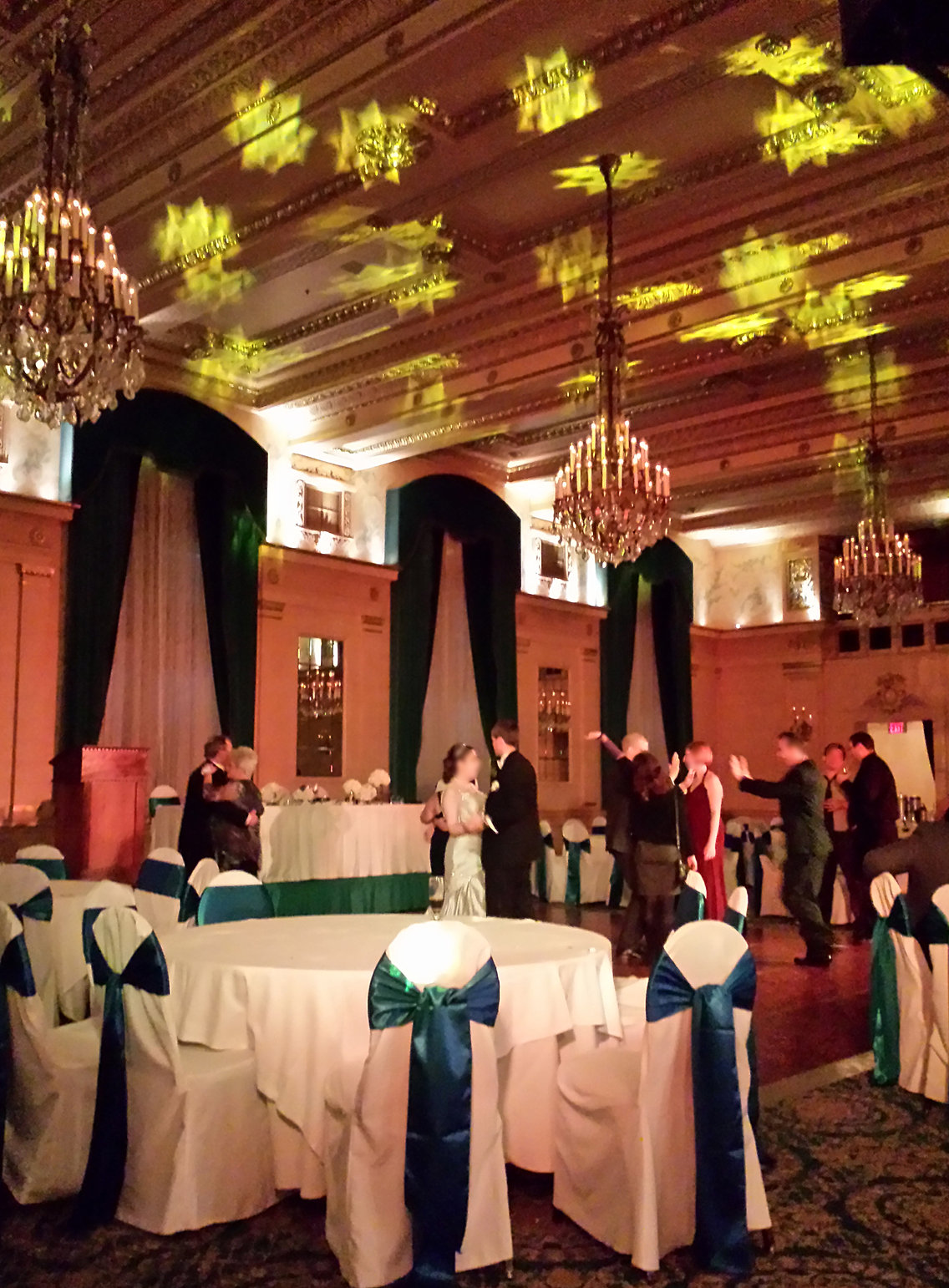 Dance Floor Light Shows And Ceiling Lighting From Serino Sound