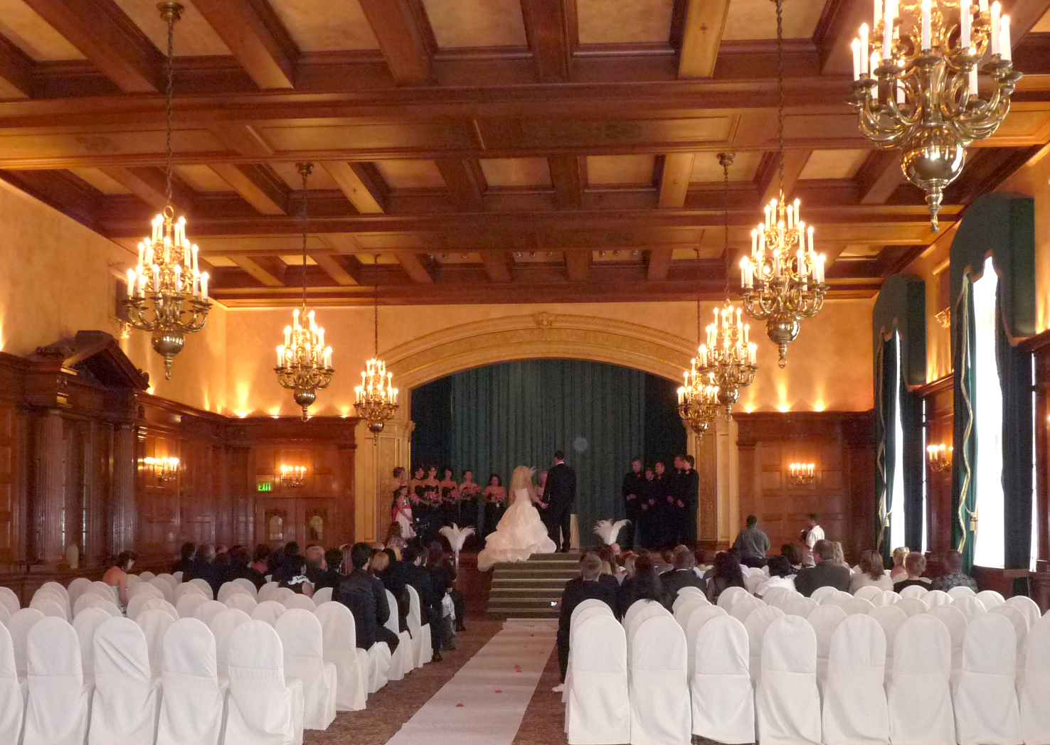Serino Sound Music Services Winnipeg Wedding Amp Corporate Dj Wedding Ceremony At Fort Garry Hotel