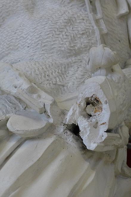 pl tre exemples de travaux restaurateur sculptures nantes. Black Bedroom Furniture Sets. Home Design Ideas
