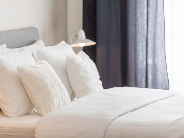 How to Make Your Bed Look Like It Belongs In a Five Star Hotel ...
