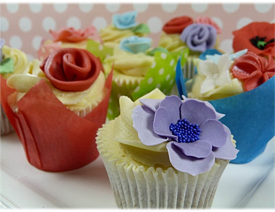 Cake Decorating Classes Scotland : Cake decorating classes scotland bespoke cakes for all occasions Cakes and Cupcakes