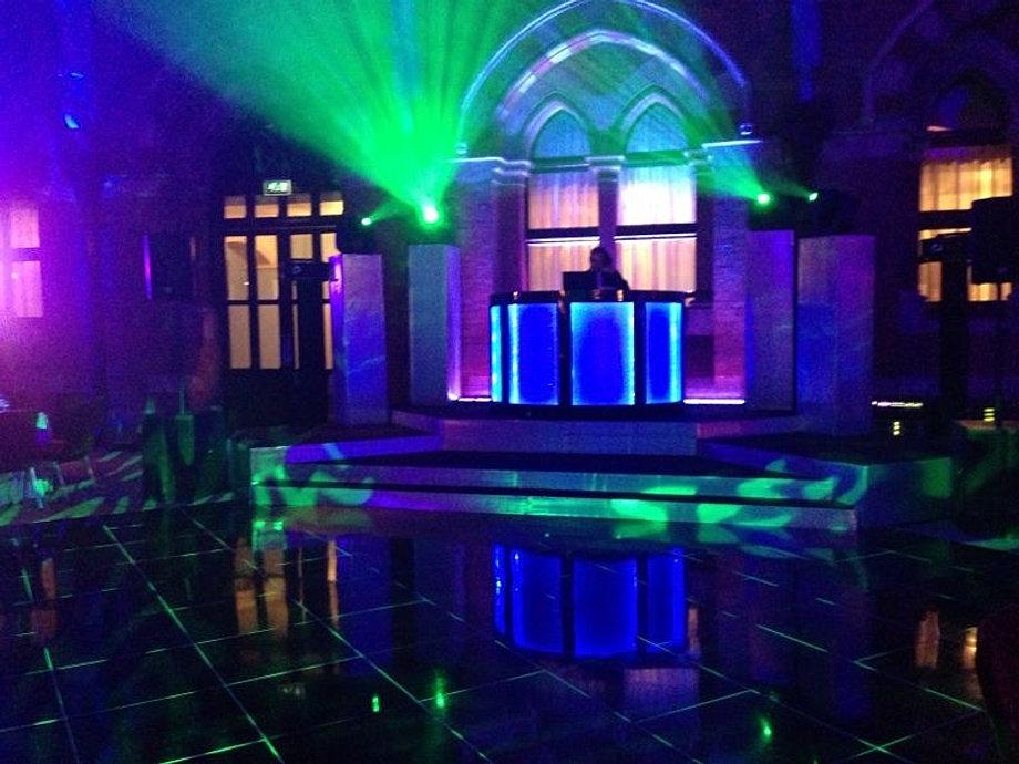 Capital dj services dj hire in london corporate dj for 1 2 3 4 get on d dance floor