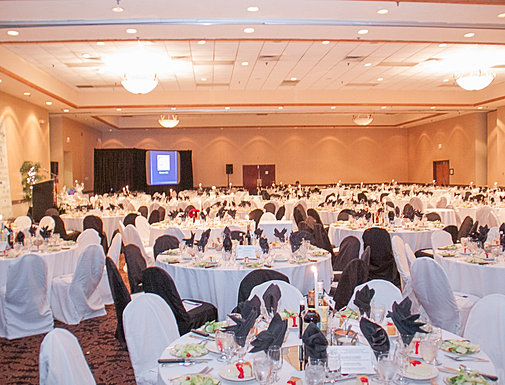 Chamber of Commerce Banquet Set Up