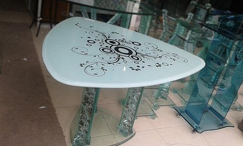 Vidrios y cristales brasil distribuci n de vidrio por for Comedor gota