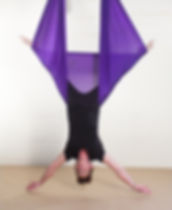 Clases de Yoga, Pilates, Aeroyoga, Aerofitness, aerial yoga, suspensus pilates, Yoga Aéreo en Ñuñoa