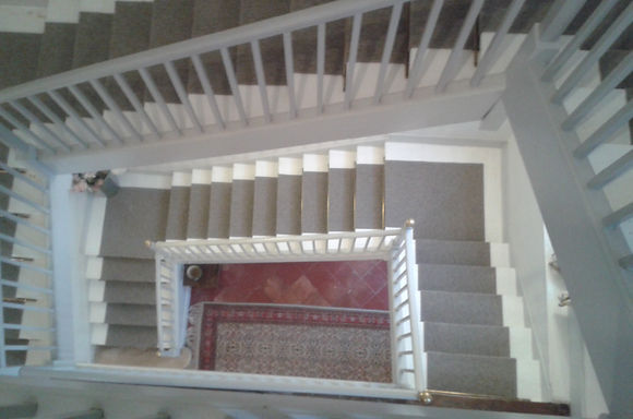 Carrelage design tapis d escalier pas cher moderne for Moquette pour escalier bois