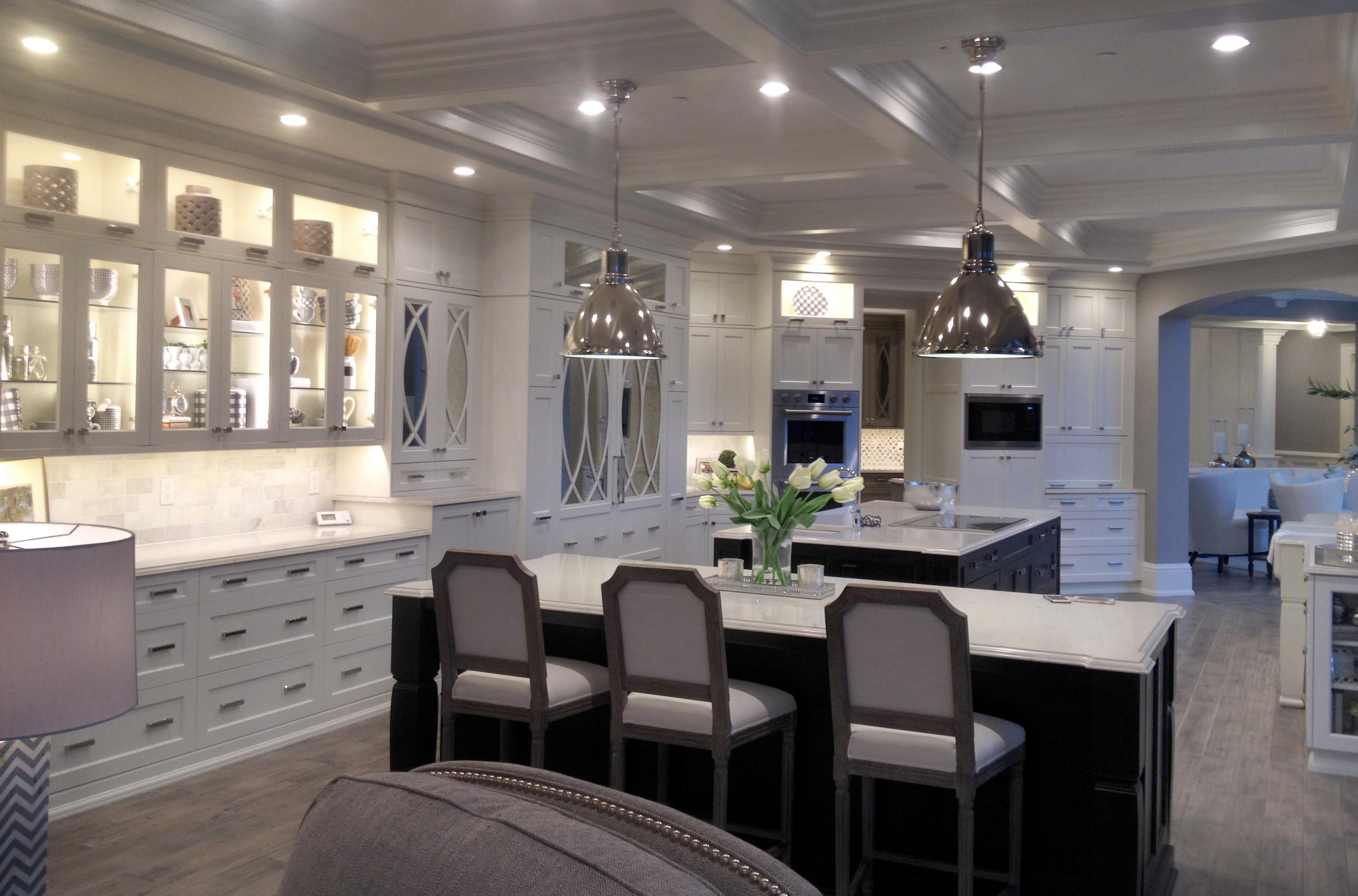 bellagio court kitchen and home remodel kitchen kitchen cabinets and kitchen remodeler in des moines iowa