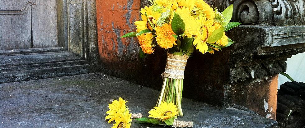 Wedding flowers in bali yellow theme decoration brides bouquet boutonniere bridesmaids bouquet wedding decor wedding table setup wedding flowers in bali wedding decoration in bali junglespirit Choice Image