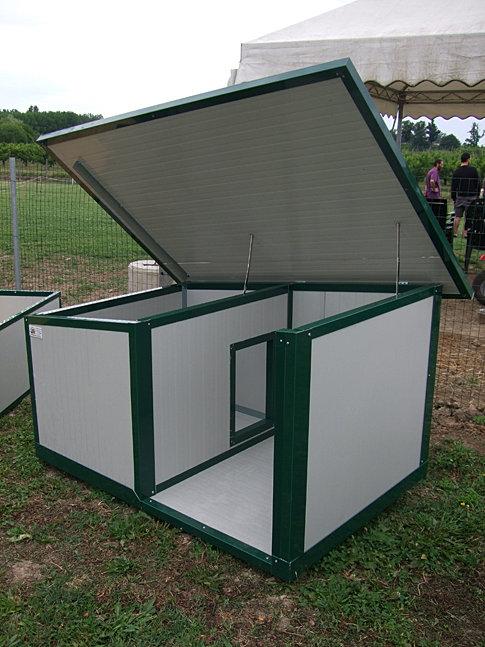 Verbox s c box cucce attrezzature strutture per cani for Box per cani da esterno usati