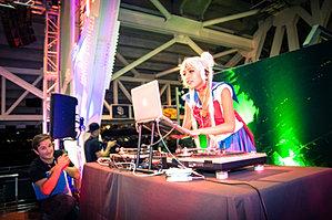 Amy Pham at Comic Con Nerd HQ 2014